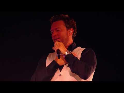 Tino Martin - Jij liet me vallen (In The Round) [Live in de Ziggo Dome 2018]